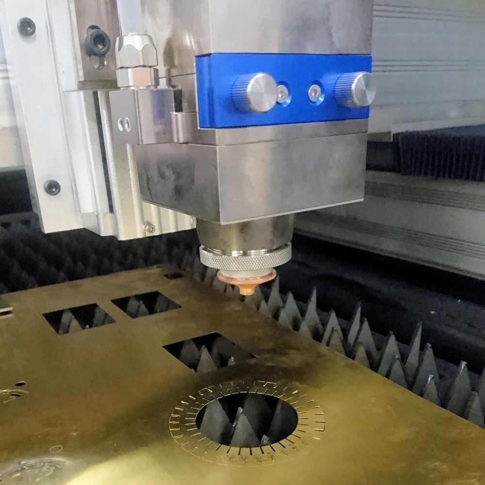 Laserscript LS1390 fibre laser cutting machine